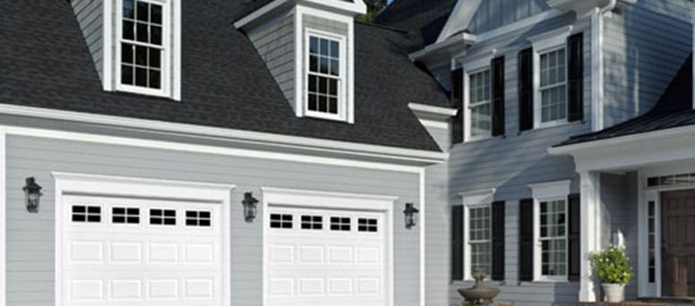 Traditional raised garage doors Las Vegas